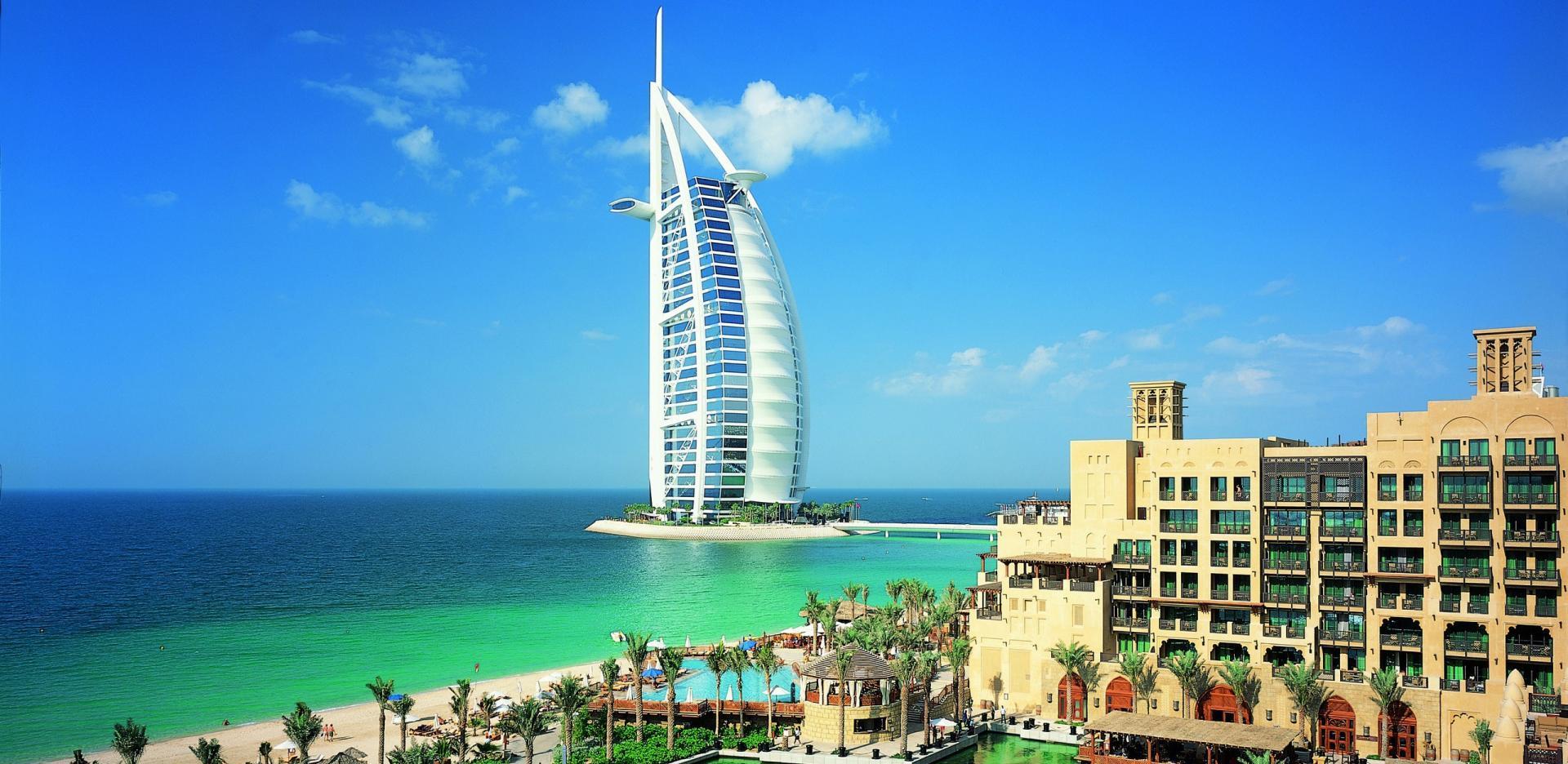 Du lịch Dubai – Abu Dhabi 6 ngày