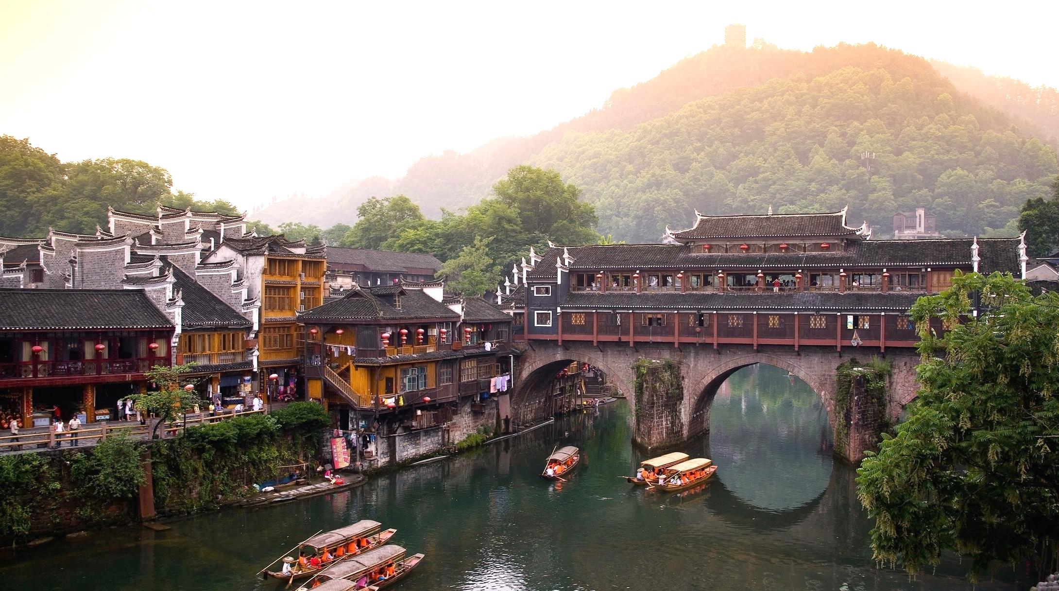 Tour Trung Quốc: Trương Gia Giới – Phượng Hoàng Cổ Trấn 6 ngày