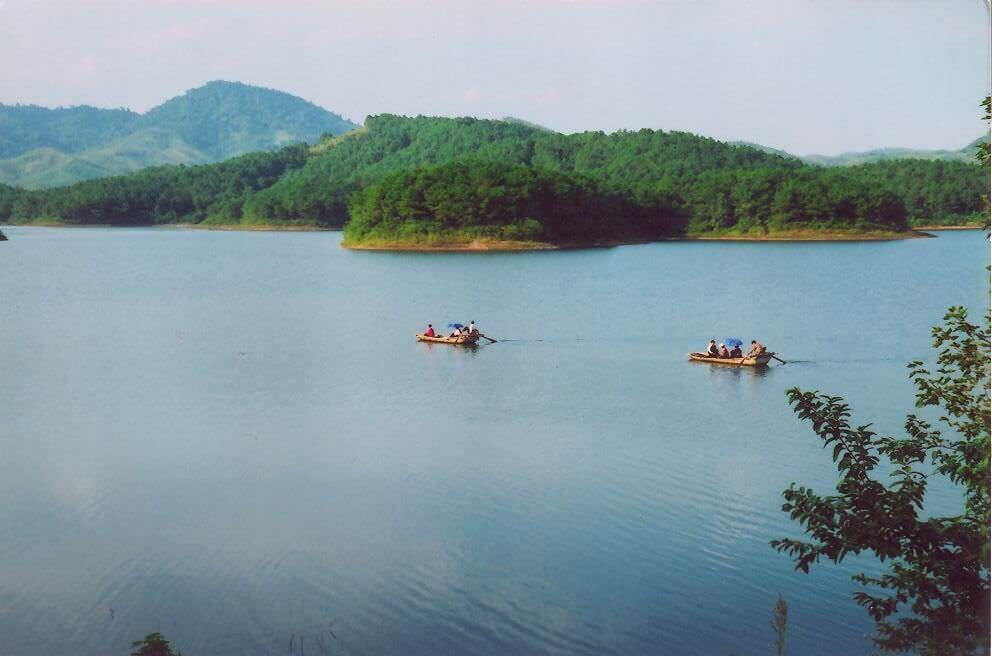 hồ khuôn thần