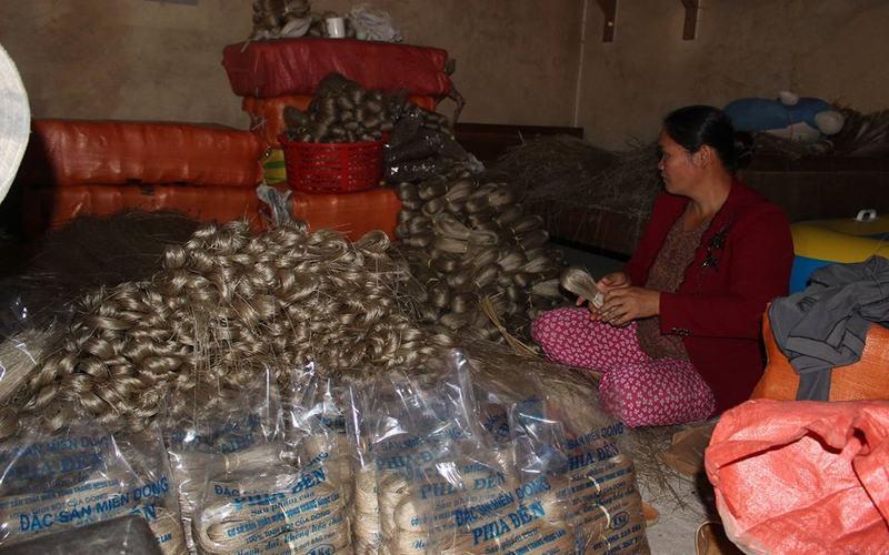 Làng nghề làm miến dong huyện Nguyên Bình