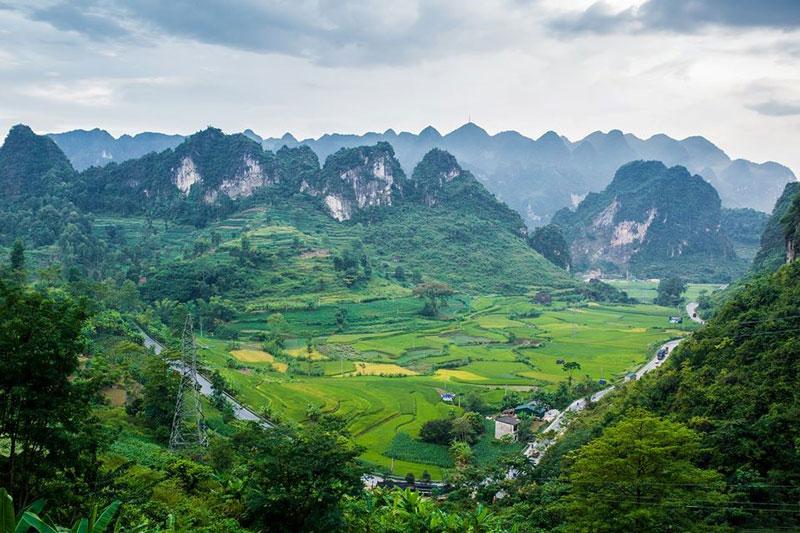 Du lịch Cao Bằng – Đèo Mã Phục thơ mộng và hùng vĩ