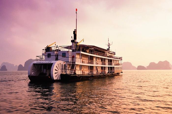 Du thuyền Emeraude 4 sao