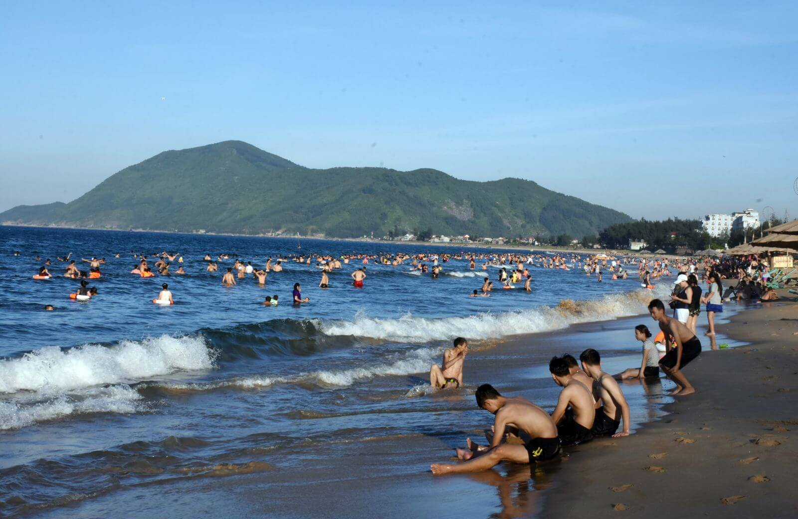 Kinh nghiệm du lịch biển Thiên Cầm - Hà Tĩnh