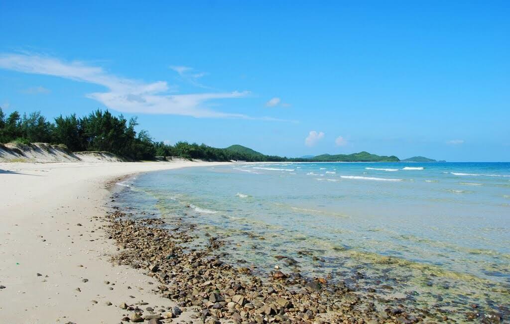 7 bãi biển nên khám phá khi du lịch đảo Quan Lạn