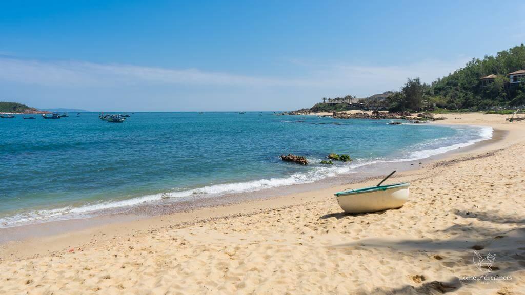 Khám phá 7 biển đẹp quyến rũ ở Quy Nhơn - Bình Định